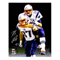 Rob Gronkowski Signed New England Patriots Stretched 16x20 NFL Wall Mount Canvas - With Tom Brady-29133