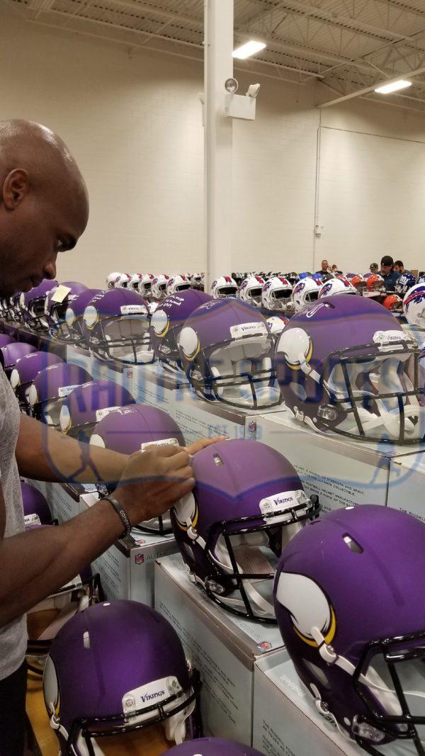 Adrian Peterson Signed Minnesota Vikings Speed Authentic NFL Helmet-32584