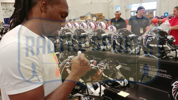 Roddy White Signed Atlanta Falcons Riddell NFL Full-Size Speed Helmet-32730