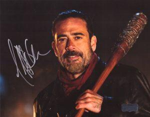 Jeffrey Dean Morgan Signed The Walking Dead 8x10 Photo - Black Bat-0