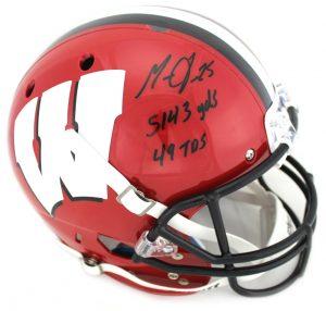 Melvin Gordon Signed Wisconsin Badgers Schutt Full Size NCAA Red & Black Helmet With Career Stats Inscription-0