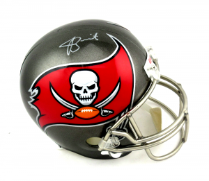 Jameis Winston Signed Tampa Bay Buccaneers Riddell Full Size NFL Helmet-0
