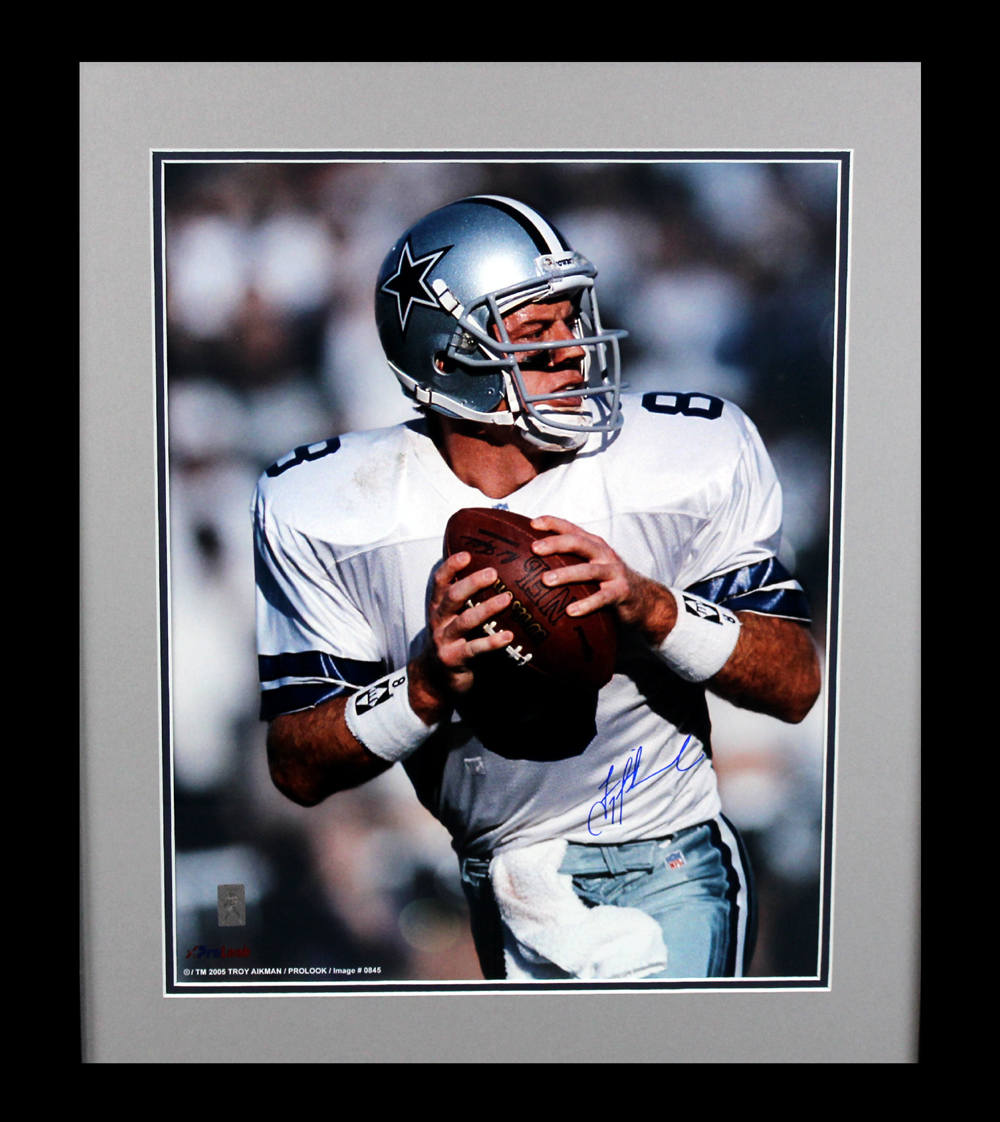 finest selection f41a9 77042 Troy Aikman Signed Dallas Cowboys Framed 16x20 NFL Photo - Dropping back