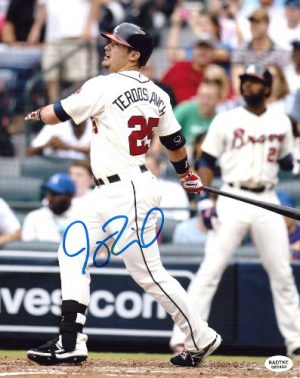 Joey Terdoslavich Signed Atlanta Braves 8x10 MLB PhotoSwinging-0