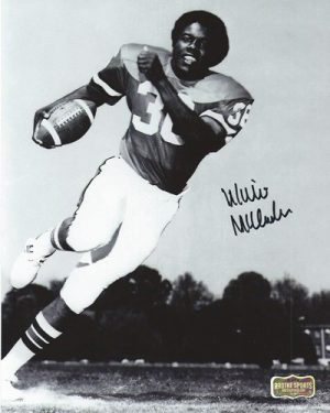 Willie McClendon Autographed/Signed Classic Georgia Bulldogs 8x10 NCAA Photo Running-0