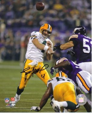 Brett Favre Autographed Packers 16x20 Photo 421 TD-0