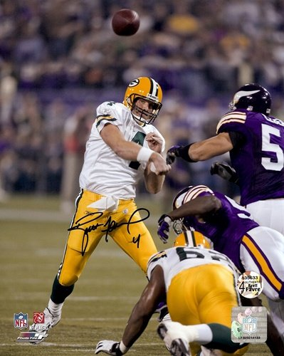 Brett Favre Autographed/Signed Green Bay Packers 8x10 NFL Photo 421st TD-0