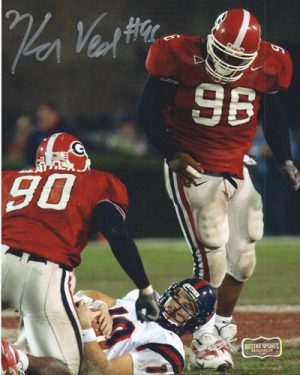 Ken Veal Autographed/Signed Classic Georgia Bulldogs 8x10 NCAA Photo Sacking Eli-0