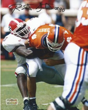 Robert Geathers Autographed/Signed Classic Georgia Bulldogs 8x10 NCAA Photo Tackling-0