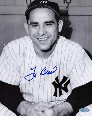 Yogi Berra Signed New York Yankees Black and White 8x10 Photo - Hands Folded-0