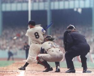 Yogi Berra Signed New York Yankees Color 8x10 Photo - Horizontal Swinging-0