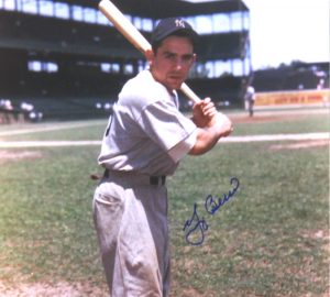 Yogi Berra Signed New York Yankees Color 11x14 Photo - Batting Stance-0