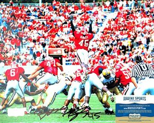 "Boss Bailey Autographed/Signed Georgia Bulldogs 11x14 NCAA Photo ""Jumping""-0"