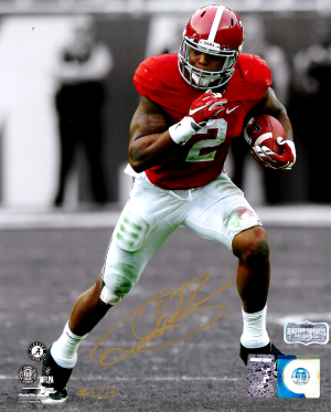 Derrick Henry Signed Alabama Crimson Tide Spotlight 8x10 Photo - Red Jersey - Limited Edition 1 Of 22-0
