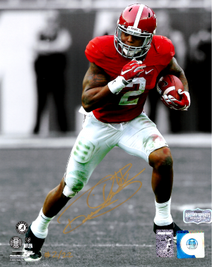 Derrick Henry Signed Alabama Crimson Tide Spotlight 8x10 Photo - Red Jersey - Limited Edition 2 Of 22-0