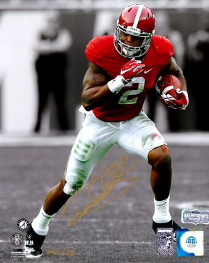 Derrick Henry Signed Alabama Crimson Tide Spotlight 8x10 Photo - Red Jersey - Limited Edition 22 Of 22-0