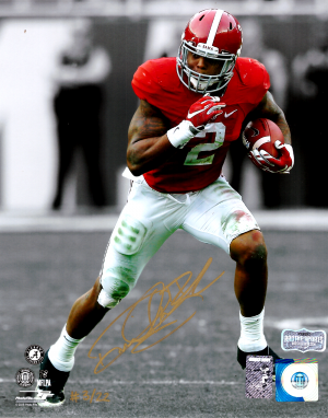 Derrick Henry Signed Alabama Crimson Tide Spotlight 8x10 Photo - Red Jersey - Limited Edition Of 22-0