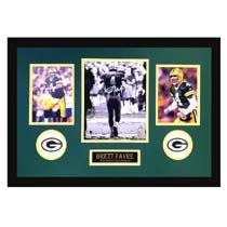 Brett Favre Signed Green Bay Packers Framed 8x10 Black & White NFL Photo - Tunnel-24061