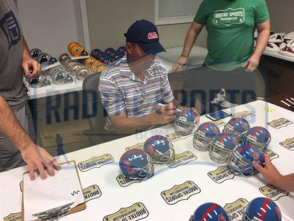 "Wesley Walls Signed Ole Miss Rebels Schutt NCAA Mini Helmet With ""CHOF 2014"" Inscription -23760"