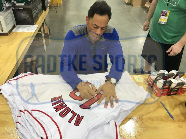 Roberto Alomar Signed Cleveland Indians Custom White Jersey-25945