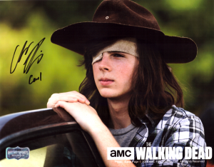 """Chandler Riggs """"Carl Grimes"""" Signed The Walking Dead 8x10 Photo - Daytime -0"""