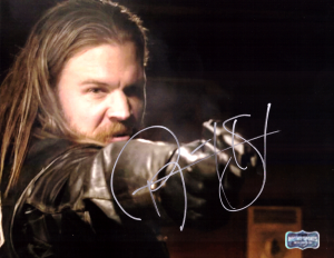 Ryan Hurst Signed Sons Of Anarchy 8x10 Photo - Pointing Gun -0