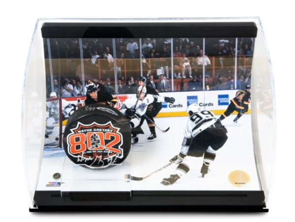 Wayne Gretzky Signed 802 Puck with 802 Goal Picture - Curve Display-13745
