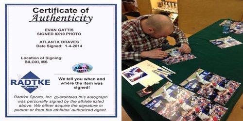 Evan Gattis Autographed/Signed Atlanta Braves 8x10 MLB Photo with El Oso Blanco Inscription-6183