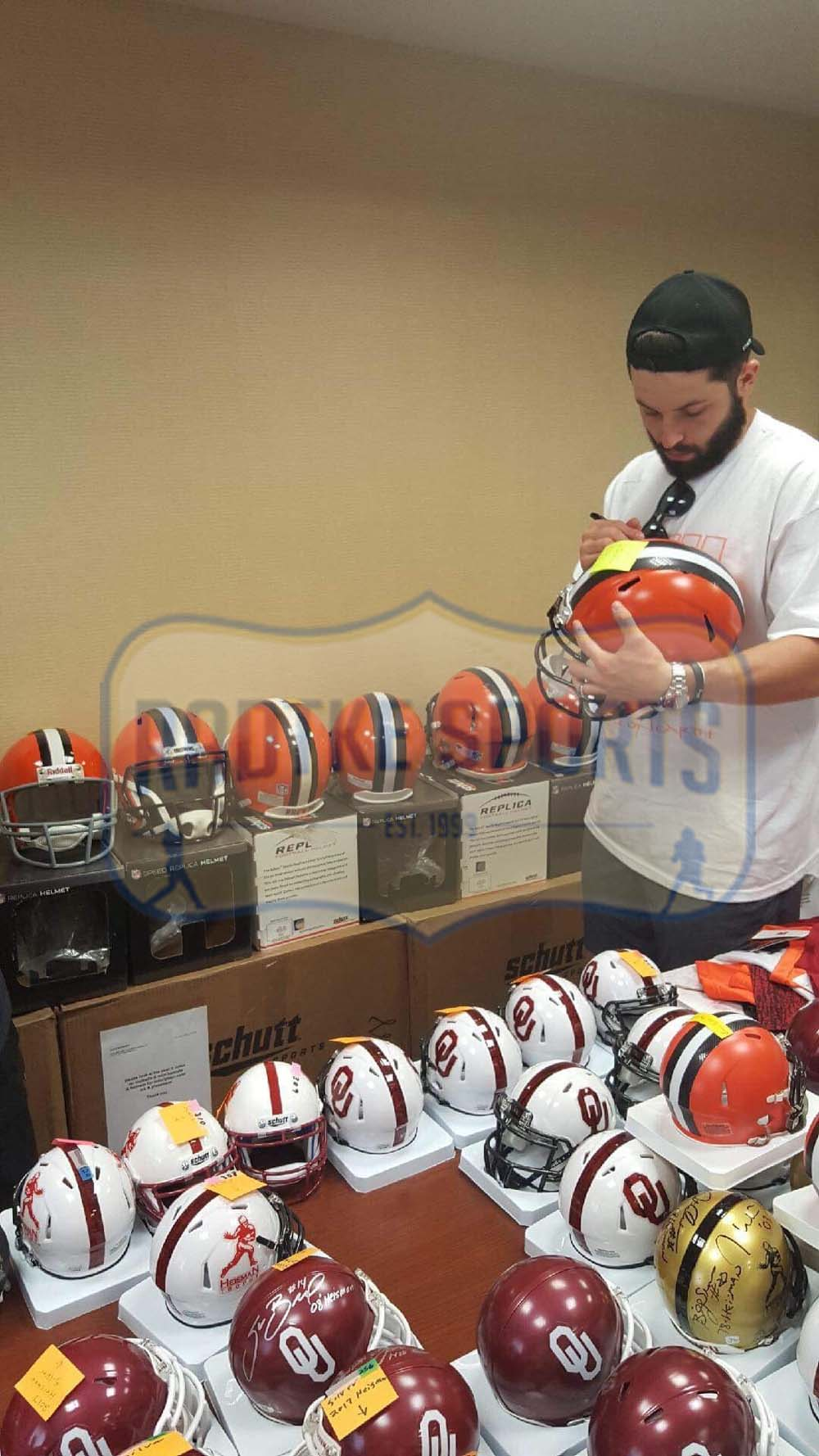 a0dd91a2 Baker Mayfield Signed Cleveland Browns Schutt Full-Size NFL Speed Helmet  WIth