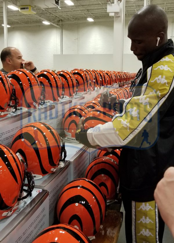"Chad Johnson Signed Cincinnati Bengals NFL Authentic Full Size Helmet With ""Ocho Cinco"" Inscription-32785"