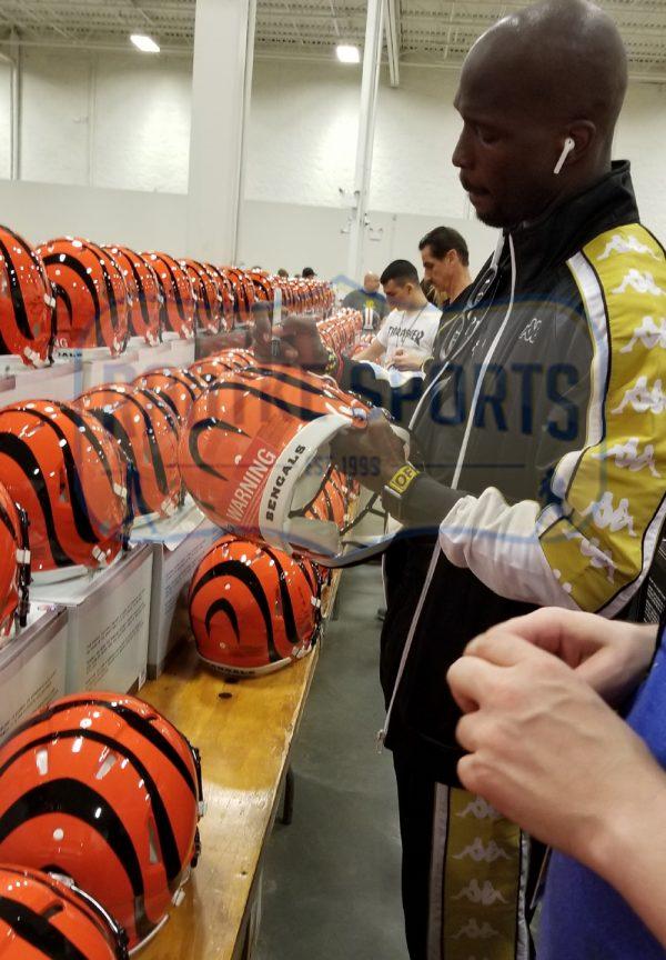 "Chad Johnson Signed Cincinnati Bengals NFL Full Size Speed Helmet With ""Ocho Cinco"" Inscription-32776"