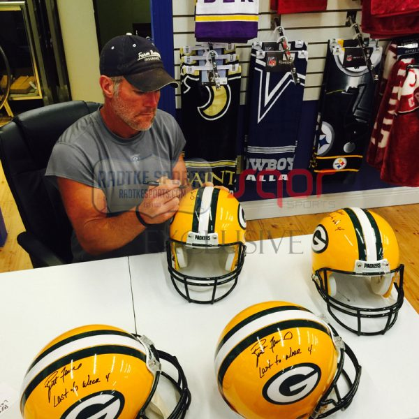 "Brett Favre Autographed/Signed Green Bay Packers Riddell Authentic NFL Helmet with ""Last to Wear 4"" Inscription - LE of 44-662"