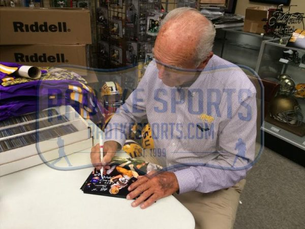"""Billy Cannon Signed LSU Tigers Iconic 8x10 Color Photo With """"LSU 7 Ole Miss 3 10/31/59"""" Inscription-16489"""