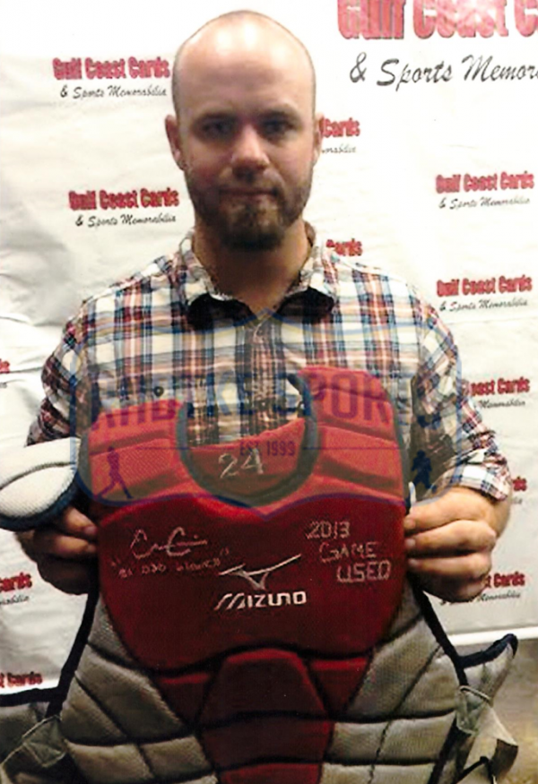 Evan Gattis Signed MLB Atlanta Braves 2013 Game Used Mizuno Catchers Gear Set-26254