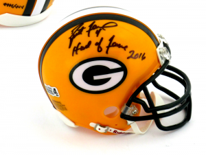 "Brett Favre Signed Green Bay Packers Riddell NFL Mini Helmet with ""Hall of Fame 2016"" Inscription - LE #444 of 444-0"