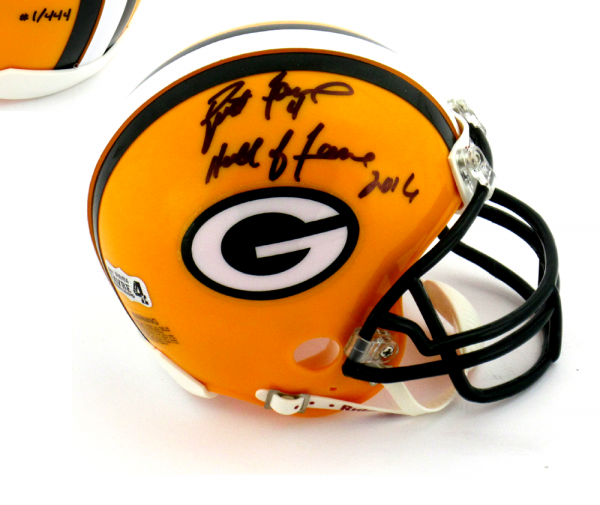 "Brett Favre Signed Green Bay Packers Riddell NFL Mini Helmet with ""Hall of Fame 2016"" Inscription - LE #1 of 444-0"