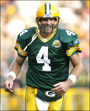 "Brett Favre Signed Green Bay Packers Iconic 16x20 NFL Photo with ""4 Retired 7/18/15"" Inscription - LE #1 of 44-0"