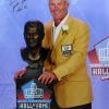 "Brett Favre Signed Green Bay Packers Hall of Fame Speech 16x20 Photo with ""HOF 16"" Inscription-0"