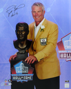 "Brett Favre Signed Green Bay Packers Hall of Fame Speech 16x20 Photo with ""HOF 16"" Inscription-0"
