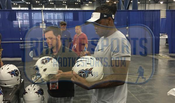 Derrick Henry Signed Tennessee Titans Riddell Speed Full Size Helmet-10989