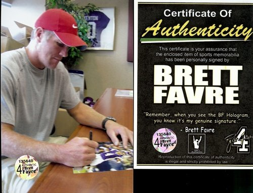"Brett Favre Autographed/Signed Minnesota Vikings 16X20 NFL Photo #1 ""Throwing""-7004"