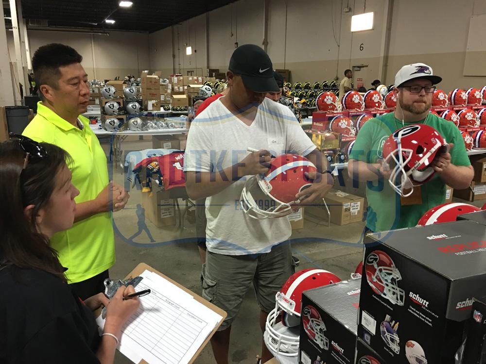 0f3a8c49a Hines Ward Signed Georgia Bulldogs Schutt Full Size NCAA Helmet With