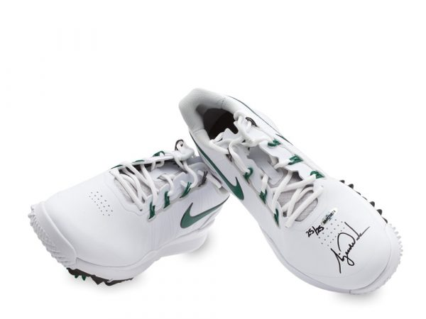 Tiger Woods Signed Nike TW14 Golf Shoes - Green & White - LE-13608
