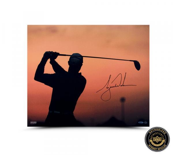 Tiger Woods Signed Sunrise 20x24 Photo-0